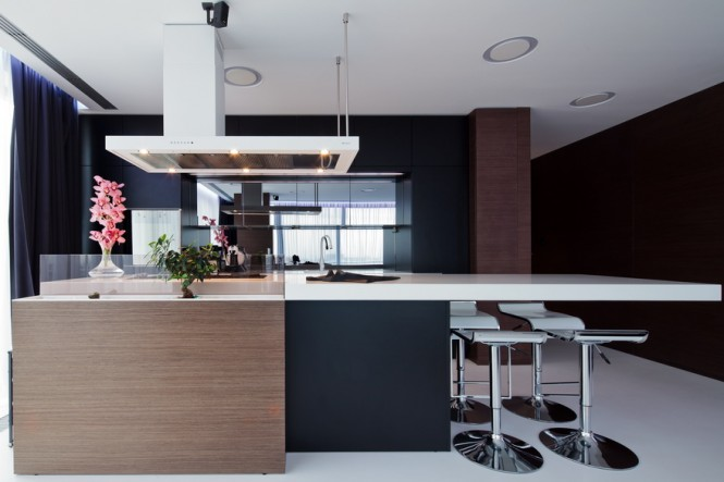 Romanian interior by square one showme design for Show me some kitchen designs