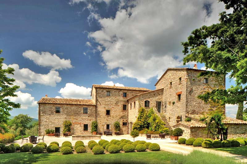 Transitioned Italian Farmhouse