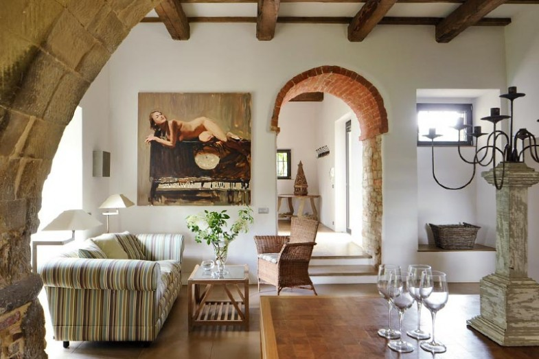 Transitioned italian farmhouse showme design - Italian inspired living room design ideas ...