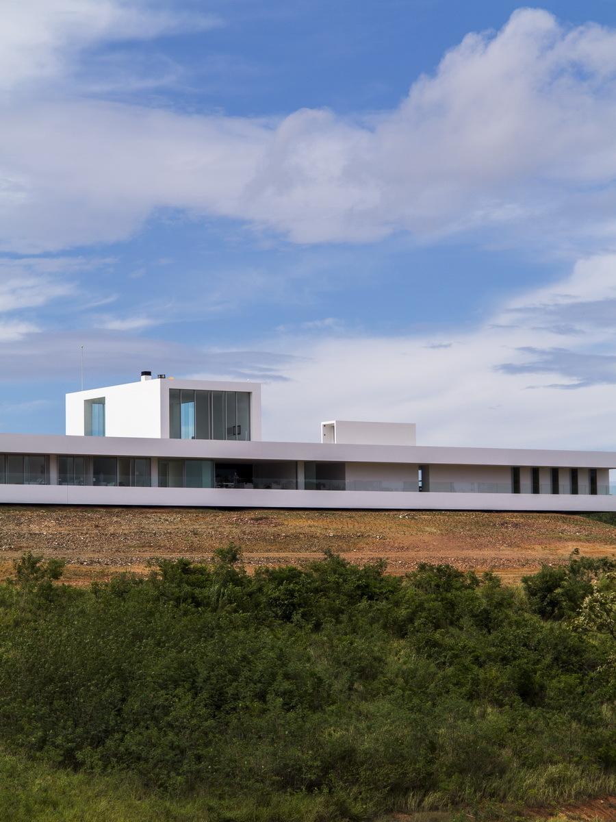 World s longest house 150 meter showme design Longest house in the world
