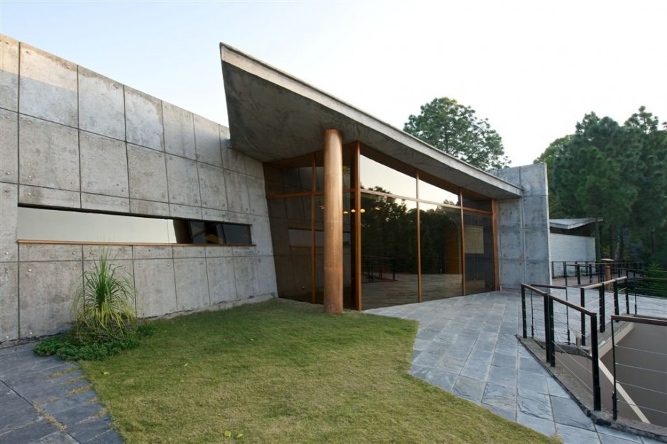 Concrete House In The Himalayas Showme Design