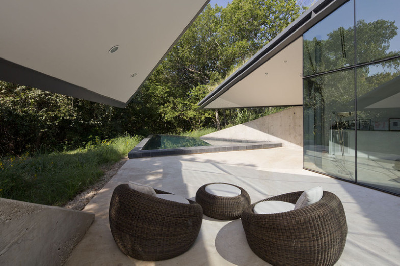 outdoor-angles-circular-sitting